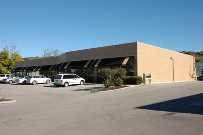 1,842 SF Flex Space | Frontage on Middlebrook Pike, Suite: B