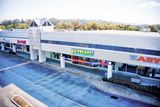 NEW REMODELED RETAIL SUBLEASE